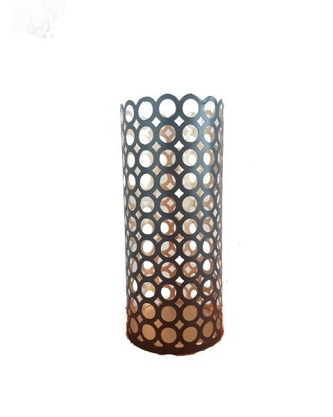 Tall candleholder with circles pattern